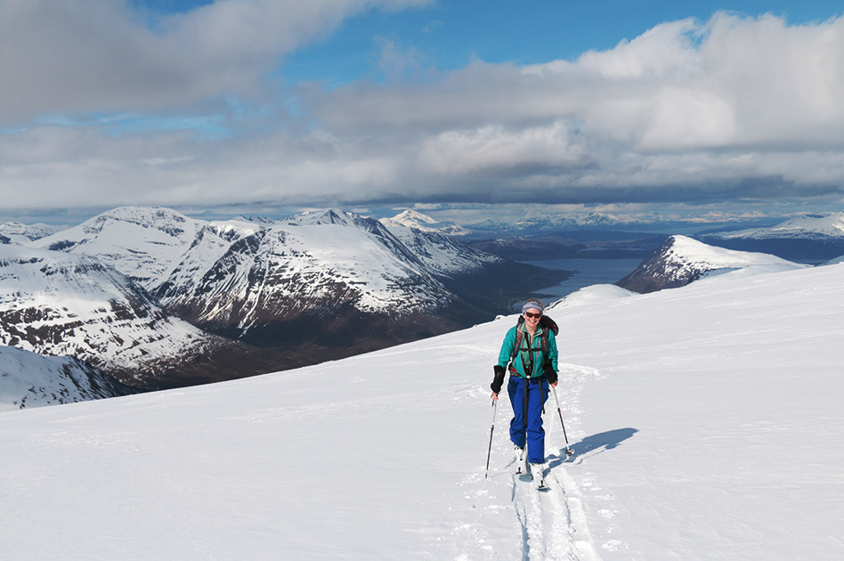 Ski Lyngen Alps in northern Norway with Selkirk Mountain Experience